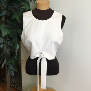 .⭐️ Lovers + Friends  large white tie front crop
